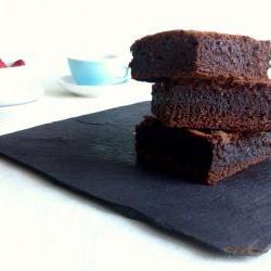 ZUKR Velvet Brownies